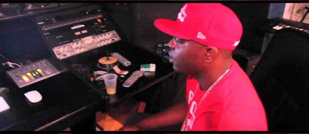 Uncle Murda- Big Money Talk (In-Studio Performance)