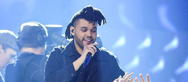 "Live: The Weeknd ""Aquainted & Might Not"" At the 2016 JUNO Awards"