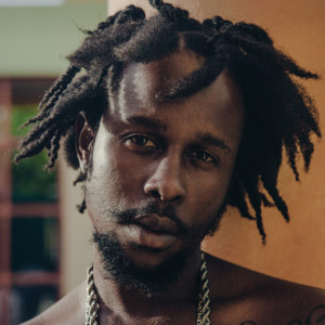 """Popcaan Defends Drake Against Mr. Vegas Accusations! """"We Don't Need Your Help"""""""