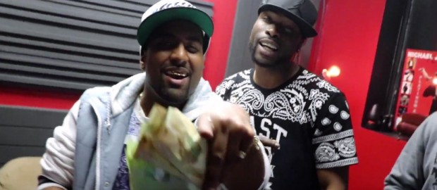 AK Ft Riddla, Gold Money, Shizzy- Gettin Money