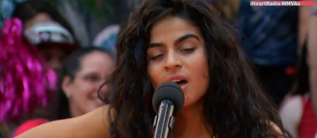 Jessie Reyez Performs Figures At The MMVA Red Carpet
