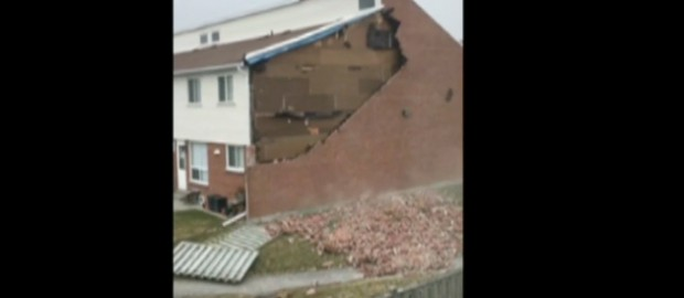 Fierce Winds Rip Bricks From Building In Oshawa