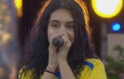 "Alessia Cara Performs ""Growing Pains"" In Sweden"